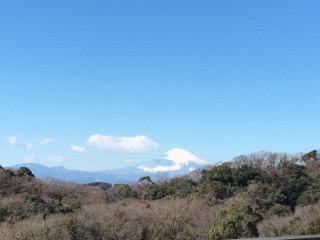 建長寺から見える富士山