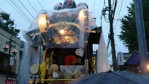雨の中山車